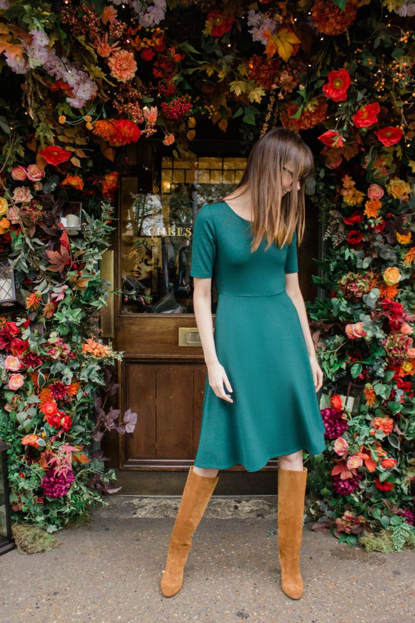 The perfect knit dress for travel (with pockets!)